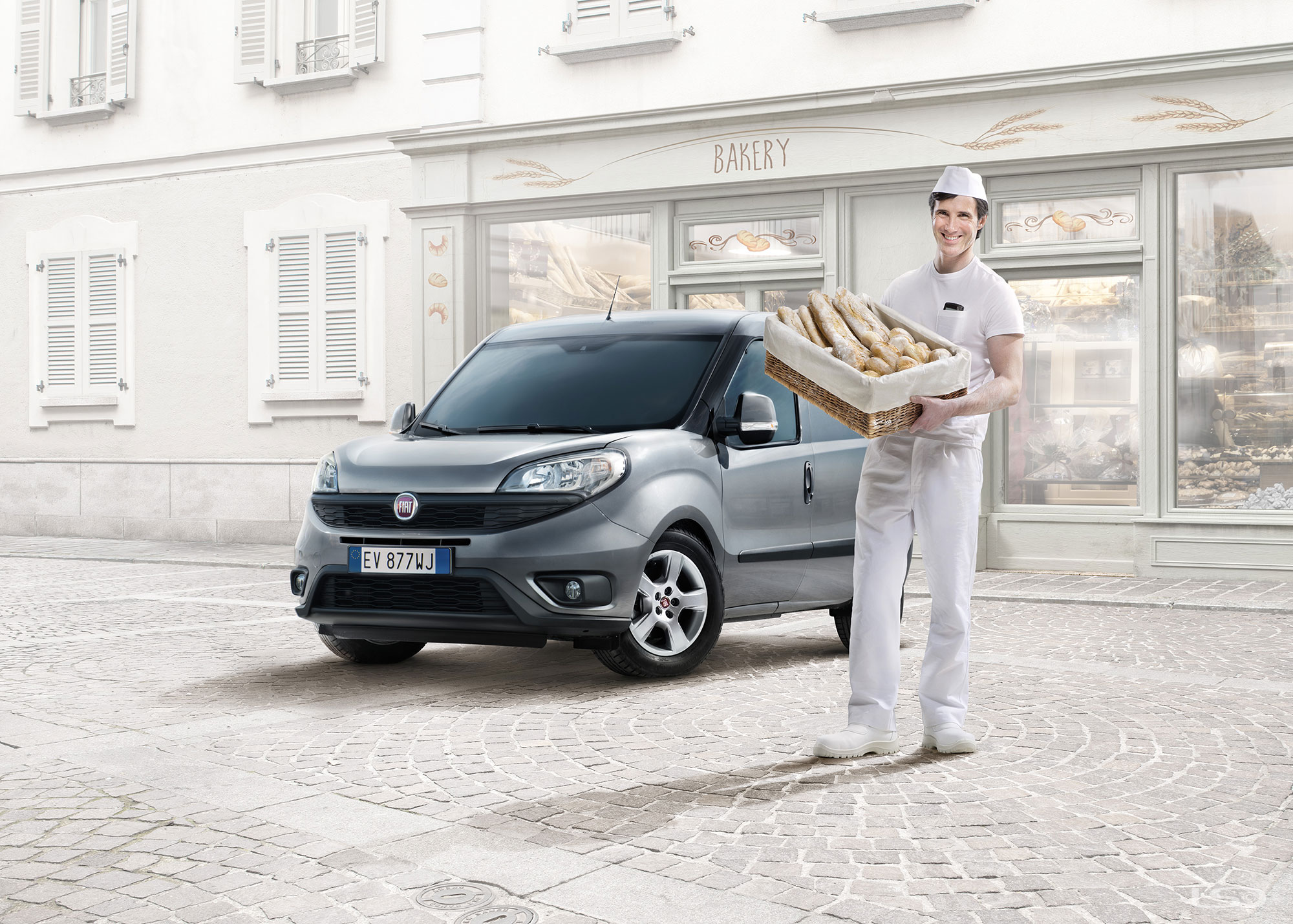 2014-12-12-191-Leo-Burnett-To-Fiat-Doblo-Panettiere-ipad